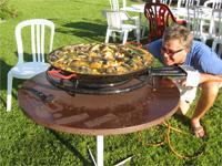die Paella und der Chefkoch
